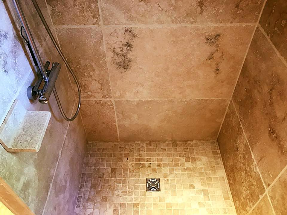 Badkamer Met Natuursteen : Badkamer in natuursteen algemene bouwonderneming jansseune